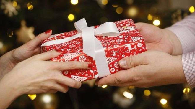Какъв подарък да подарим за Коледа