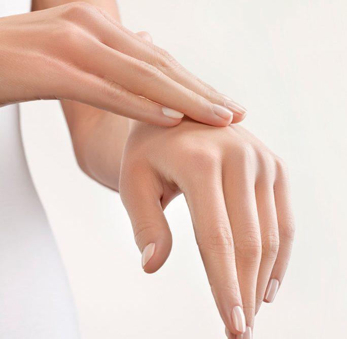 Сухи и напукани ръце