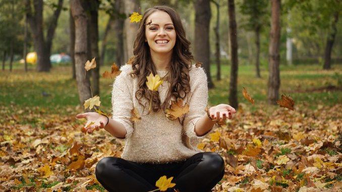 Погрижете се за кожата на лицето през есента
