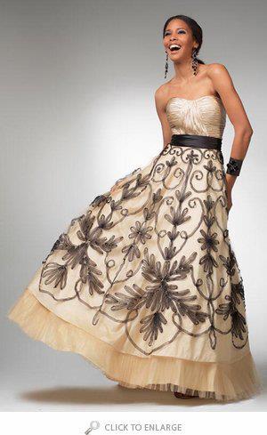 Бални рокли 2013
