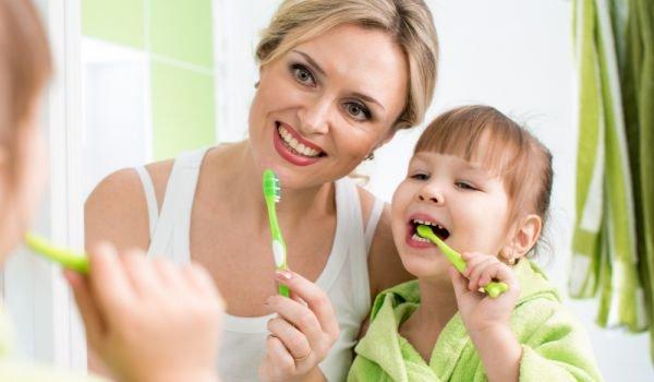 Как правилно да се грижим за зъбите