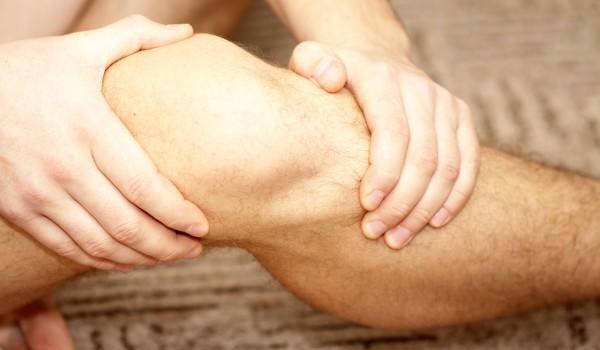 Шипове и болки в коленете - причина и лечение
